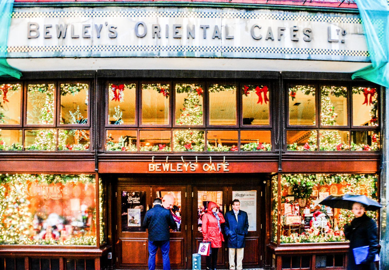 8 Unique Foodie Experiences You Should Have In Dublin, Ireland - Hand Luggage…