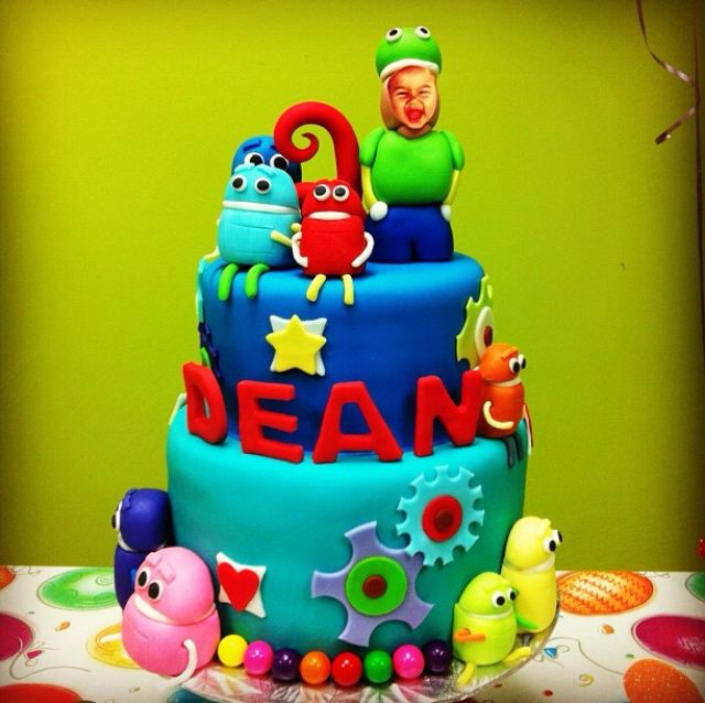 How about this beautiful birthday cake made for one of little fans? #storybots #cloudn9necakes