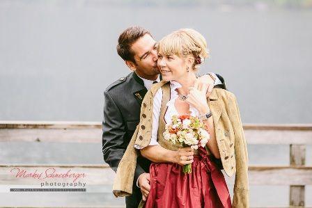 Trachtenhochzeit Am Grundlsee Hochzeit Braut Dirndl Hochzeitstipps