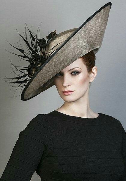 Épinglé sur Extravagant Hats & Headdress