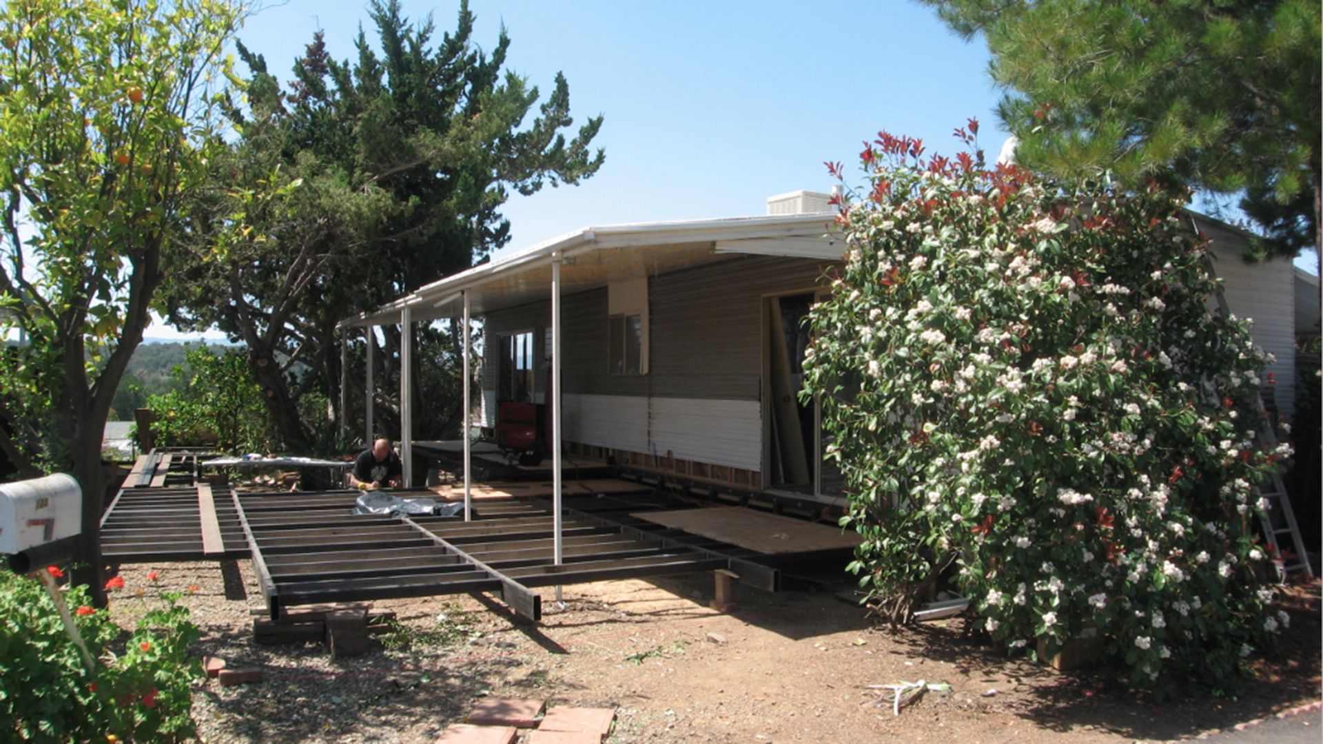 A Woman Bought This Mobile Home For 5k And Totally Transformed It Mobile Home Remodeling Mobile Homes Remodeling Renovation