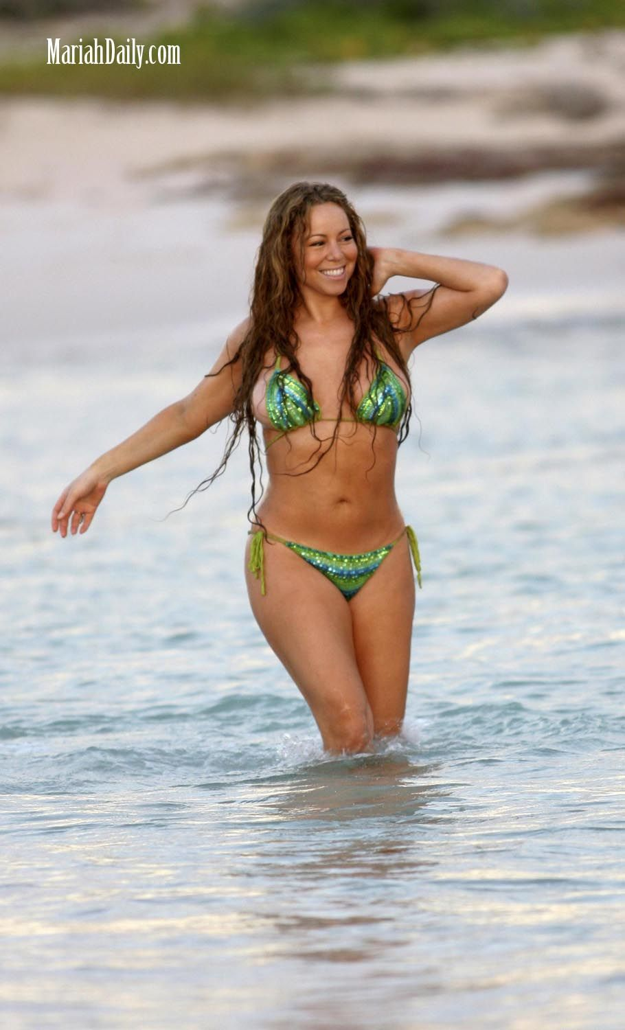 Mariah Carey Bikini Pics  Hot Body  Swimsuit  and Sexy Photos Good Celebrities Many stars these days have taken their yearly vacation  away from busy work  day  and so has the attractive Mariah Carey  In the company of friends