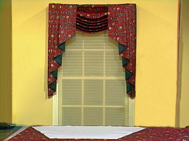 Diy Swag Valance And Jabot Turn This Pattern Into A