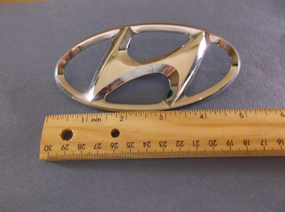 Hyundai Santa Fe Trunk Emblem 01 06 Rear Chrome Decal Badge Symbol