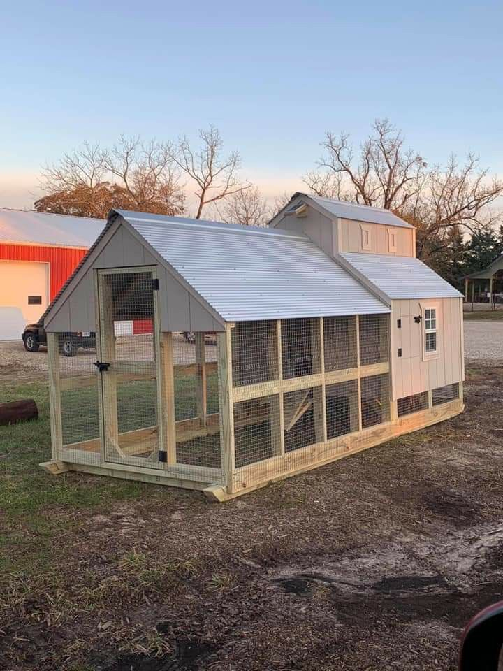 Pin By Kylie Weaver On Hey Chicky Chicken Coop Run Chicken Coop Designs Diy Chicken Coop Plans