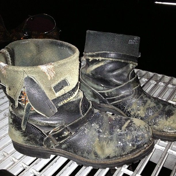 jaredleto Follow no path. Make your own. @Shannon Leto's shoes