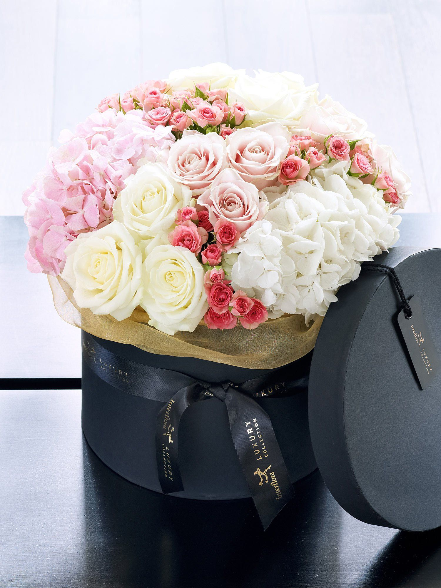 Lucky brits this is a truly perfect flower delivery flowers lucky brits this is a truly perfect flower delivery izmirmasajfo