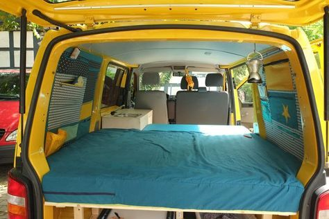 vw bus innenausbau bauanleitungen doppelbett im vw caddy. Black Bedroom Furniture Sets. Home Design Ideas