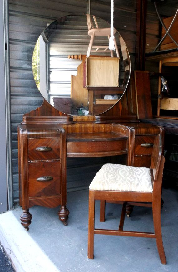 1920 S Art Deco Waterfall Vanity With Mirror And Seat Etsy Art Deco Bedroom Furniture Antique Bedroom Furniture Art Deco Vanity