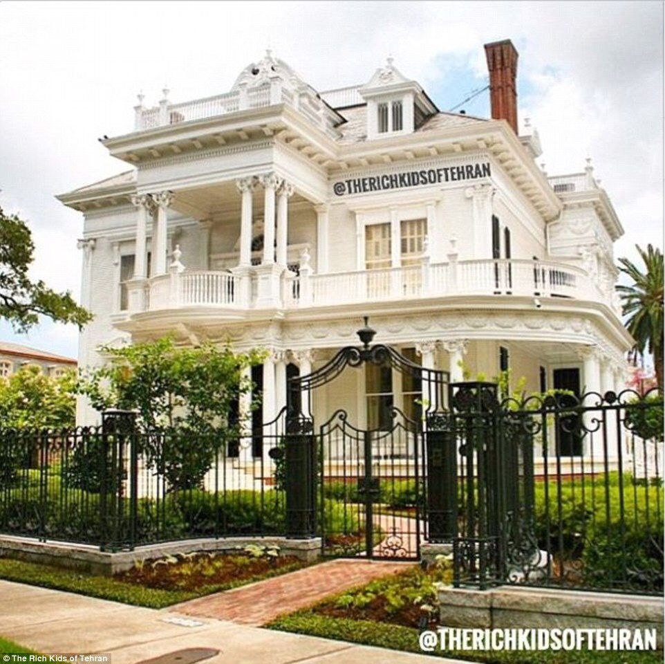 However The Image Above Looks Remarkably Similar To Wedding Cake House In New Orleans