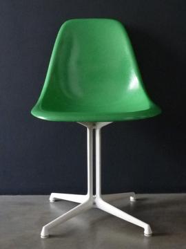Charles eames dss chair 1971 retr for Sedie design eames