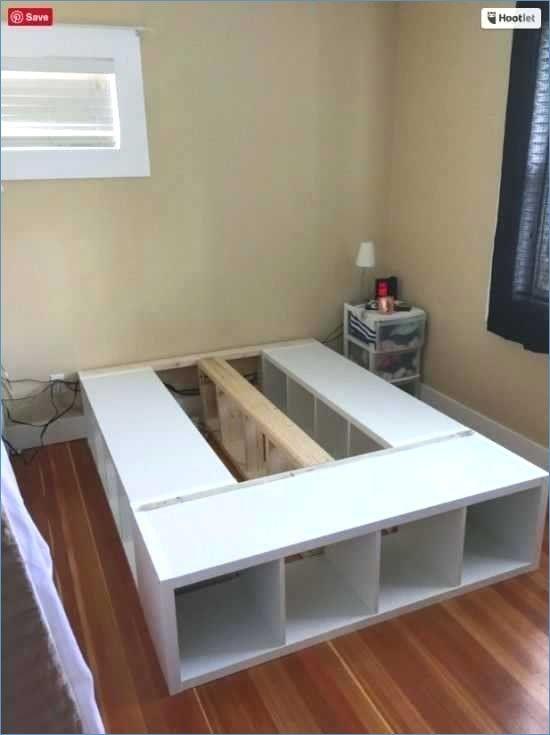 Bett Podest Selber Bauen Ikea Podest Bauen Mit Bett Anleitung Indirekte Beleuchtung Unter Dem B Diy Plattform Bett Aufbewahrungsbett Selbstgemachte Bettrahmen