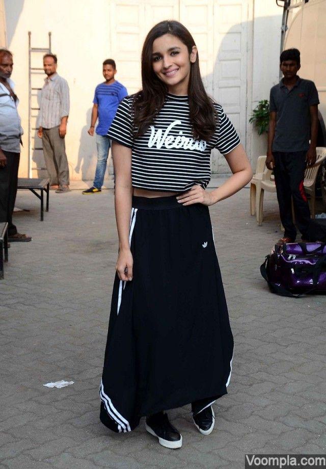 2dfcc323a2c Alia Bhatt in H M Weirdo top and adidas Originals maxi skirt at ...