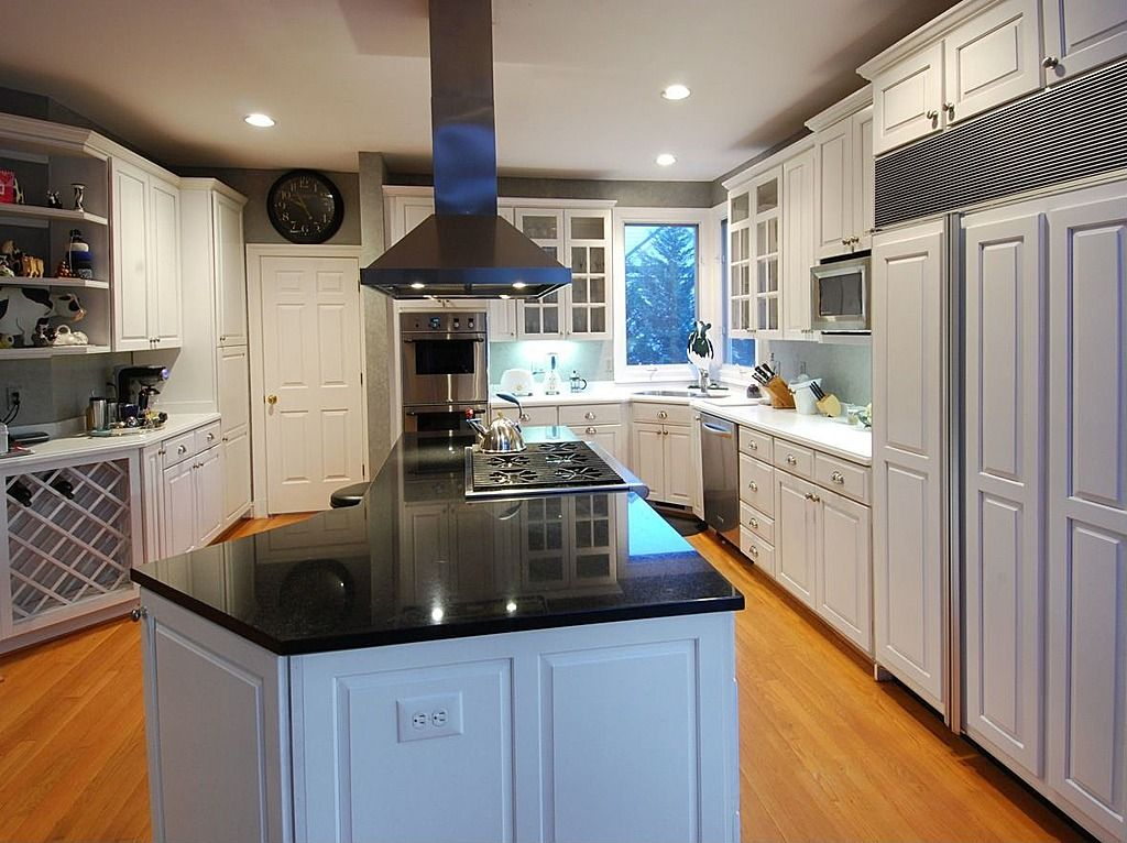 Eclectic Kitchen - Find more amazing designs on Zillow Digs ... on traditional home great kitchens, zillow homes with pools, zillow great mediterranean kitchen, zillow kitchen remodels, zillow small kitchens, traditional home magazine kitchens, zillow design,