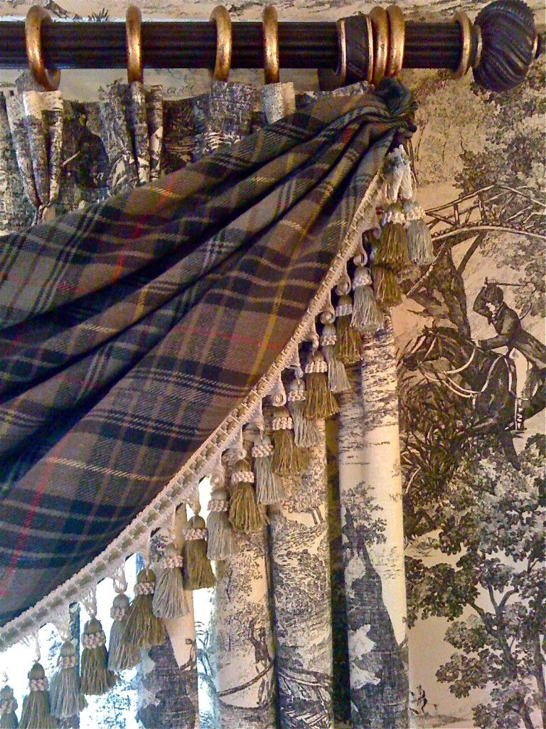 Love the mix of toile and tartan.
