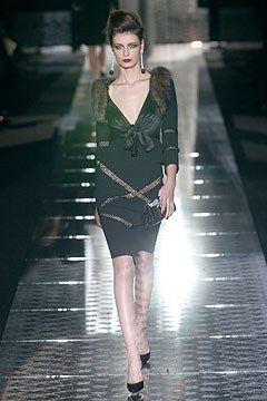Valentino Fall 2004 Couture Fashion Show - Elena Baguci