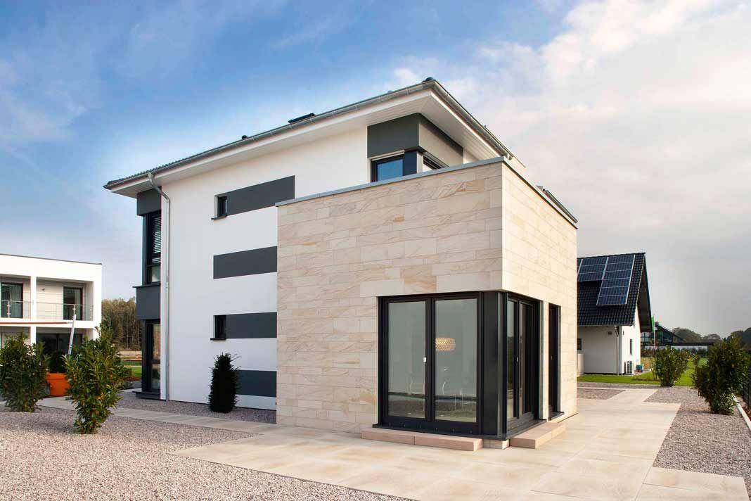 Ber ideen zu natursteinfassade auf pinterest hinterl ftete fassade fassadensysteme - Haus mit anthrazit fenster ...
