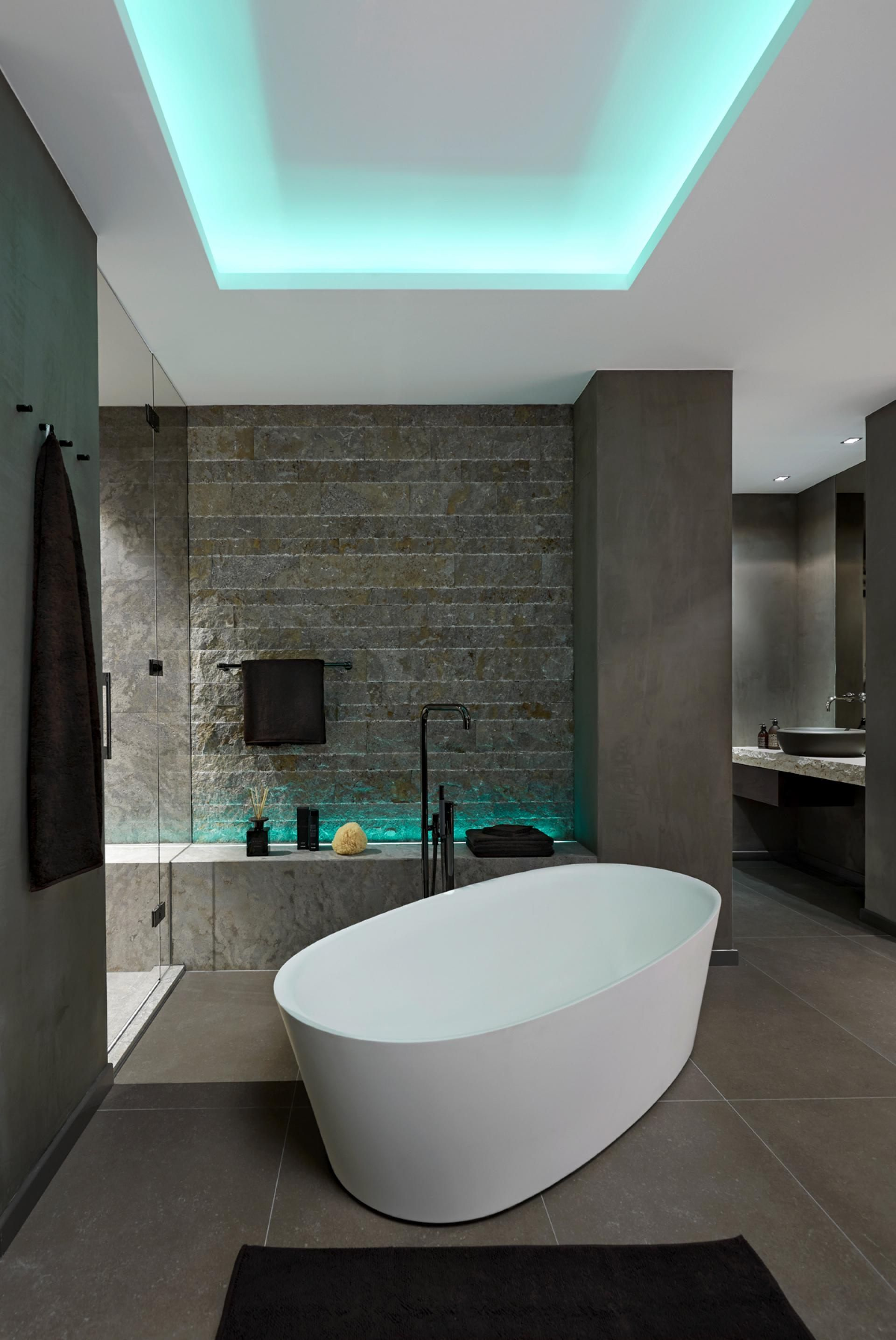 5 Gasteiger Bad Kitzbuhel Moderne Badgestaltung Exklusiv Eintagamsee Badgestaltung Bad Design Badewanne