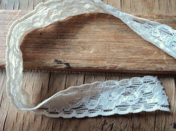 Vintage stretch lace