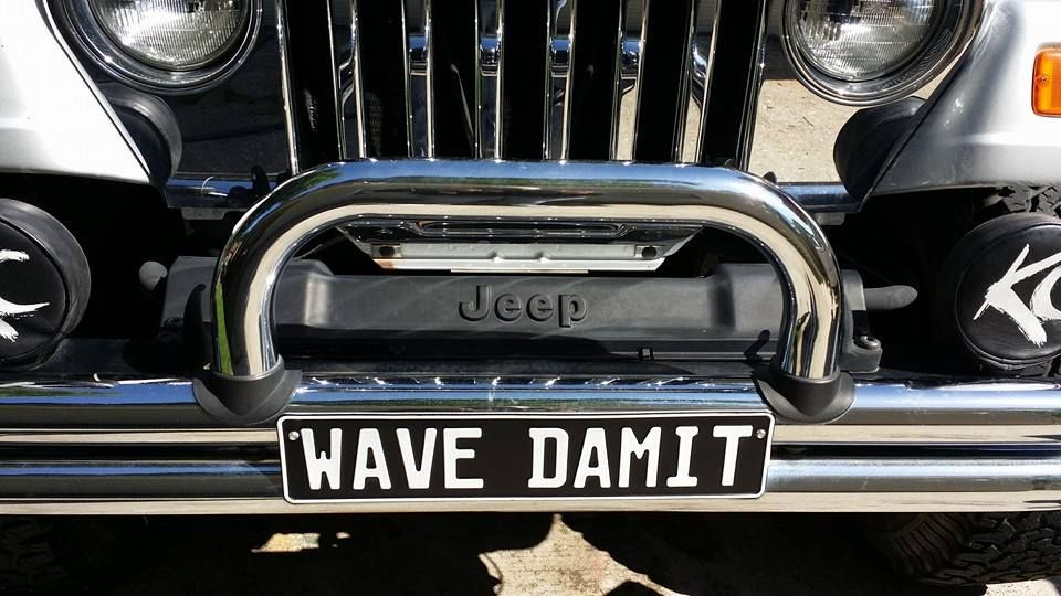 JEEP WAVE Jeep wave, Jeep memes, Jeep