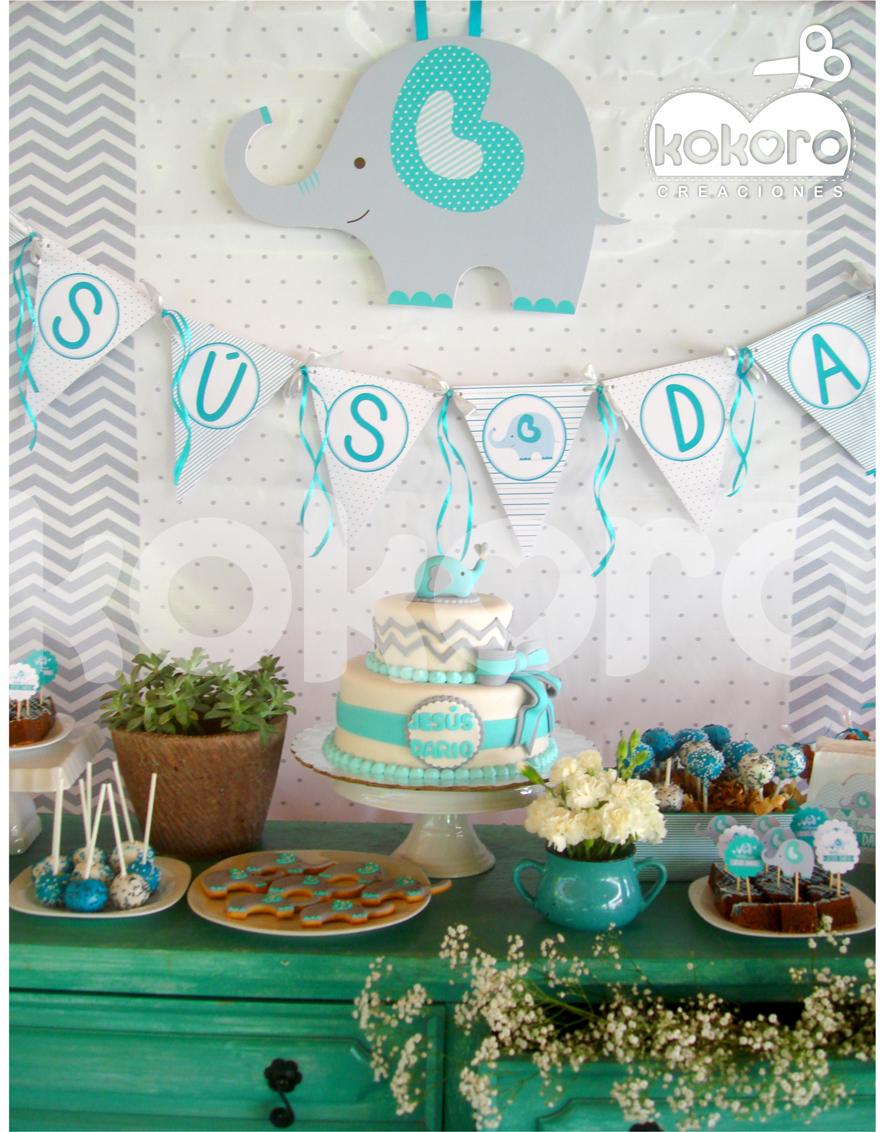 Mesa de postres baby shower elefante for Mesa de dulces para baby shower nino