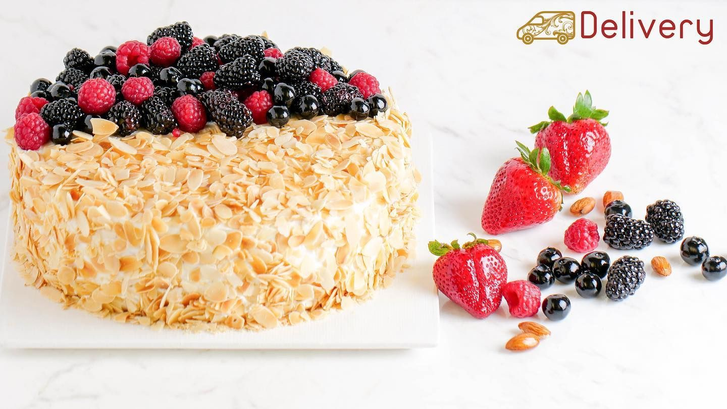 Blueberry Cake كيك التوت البري Click To Learn More Horatiilounge Horatiilounge Call Or Whatsapp 33097715 To Inquire اتصل او واتس ا Food Raspberry Fruit