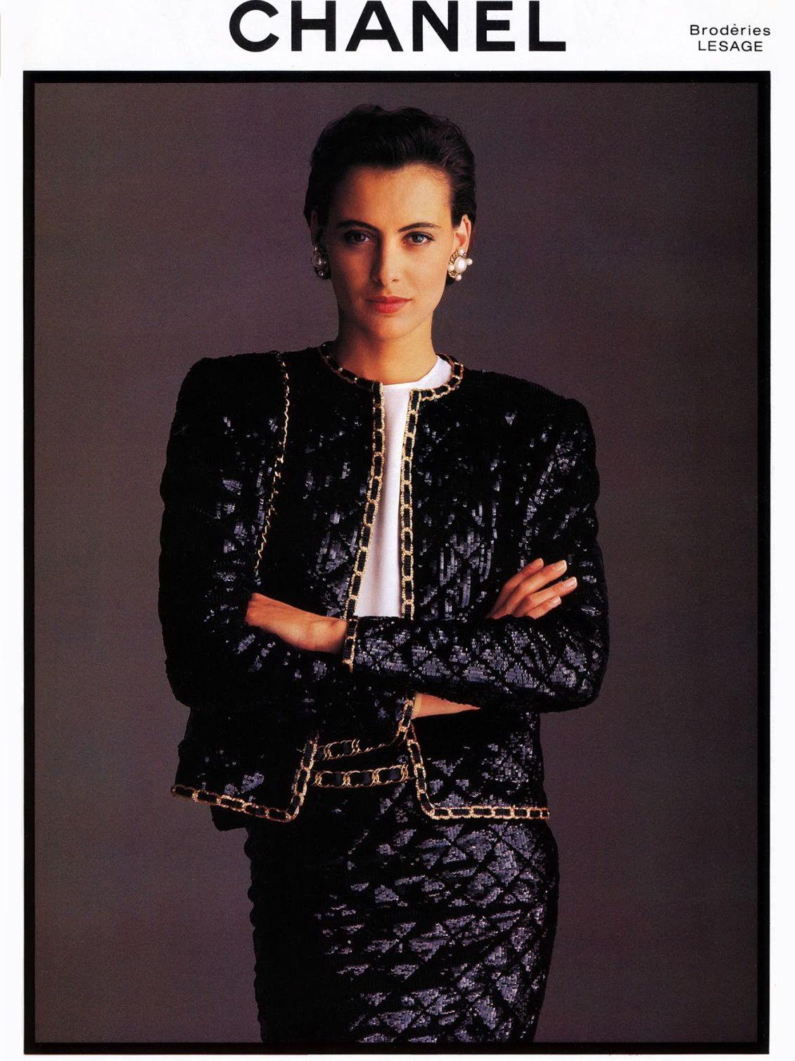 Chanel 1980s Vintage Fashion Advertising | Moda chanel, Ideias fashion, Chanel vintage