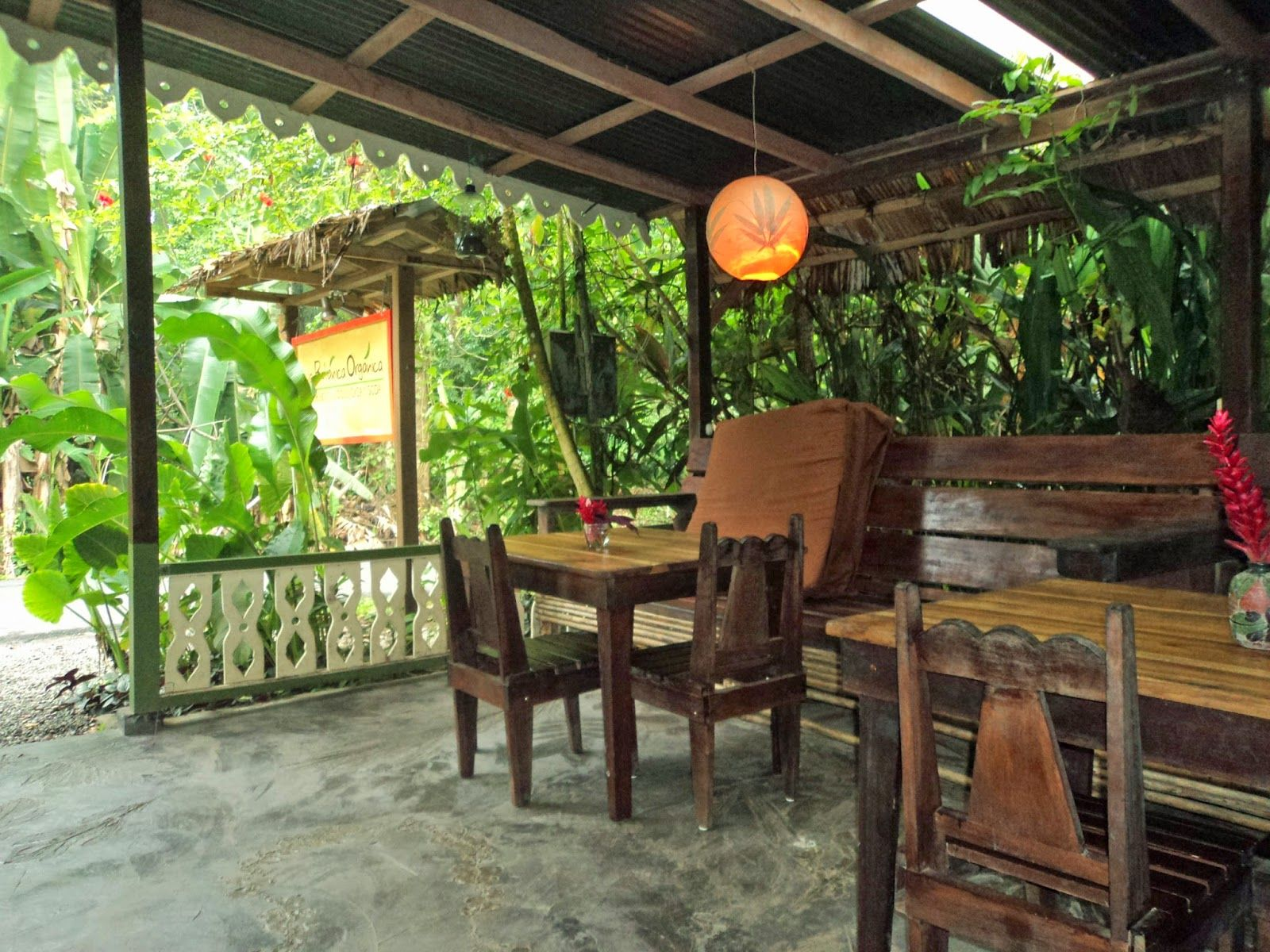 Katie's Trails: La Botanica Organica in Playa Chiquita Puerto Viejo de Talamanca