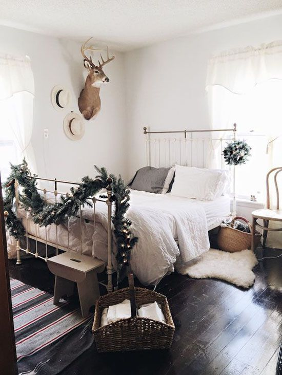Good Holiday Bedroom Decorating Ideas Part - 10: 35 Mesmerizing Christmas Bedroom Decorating Ideas Christmas