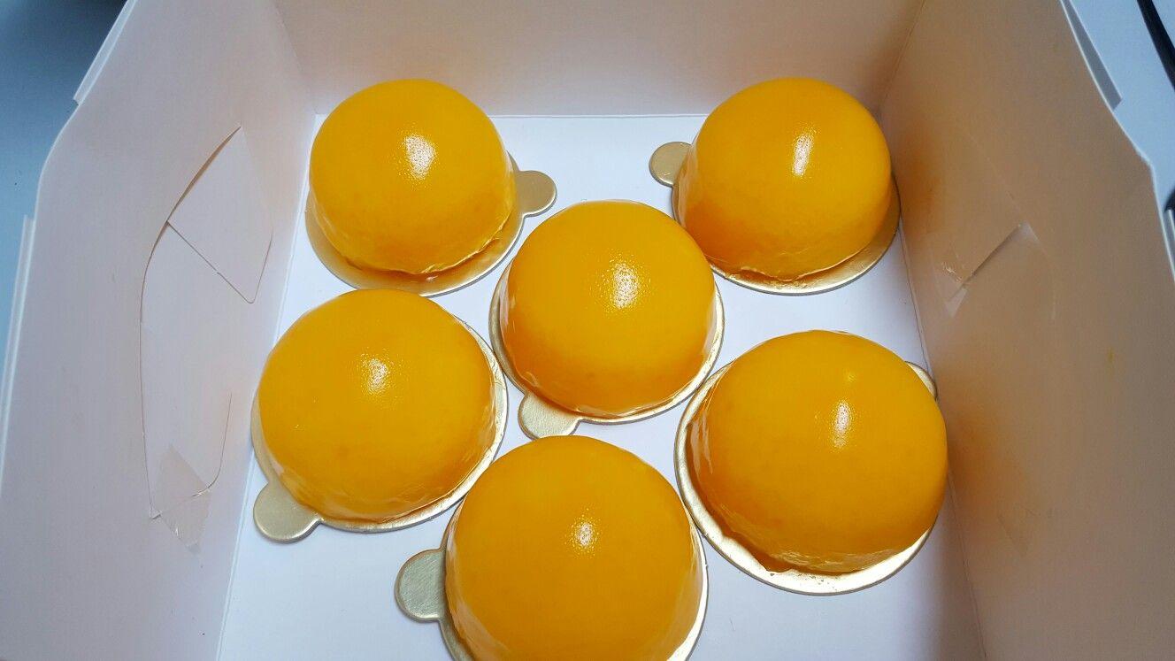 orange ball cakes