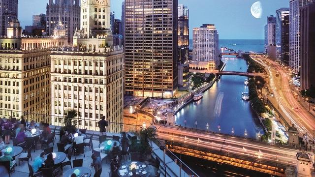 22 Best Rooftop Bars in Chicago [2020 UPDATE]