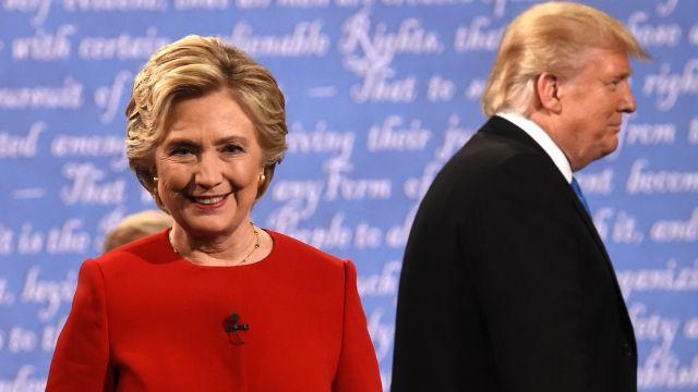 cbs poll: clinton's lead over trump widens   Democratic nominee Hillary Clinton (L) and Republican nominee Donald ...