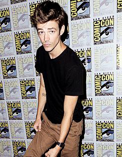 """Grant Gustin attends the """"Flash"""" press line at Comic-Con"""
