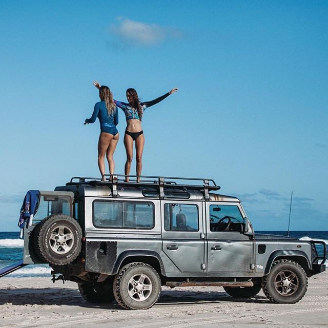 Land Rover Defender 110 Td5 Sw County Adventure Time