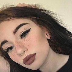 cheap eyeshadow  gel liner pen  liquid eye kajal
