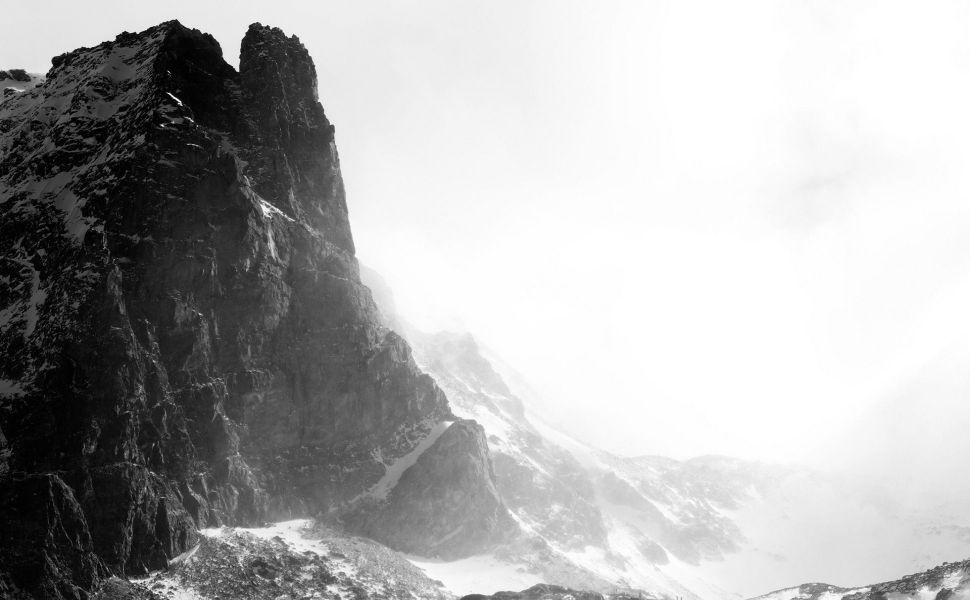 Black And White Mountain Hd Wallpaper Landscape Photography Fog Photography Mountain Wallpaper