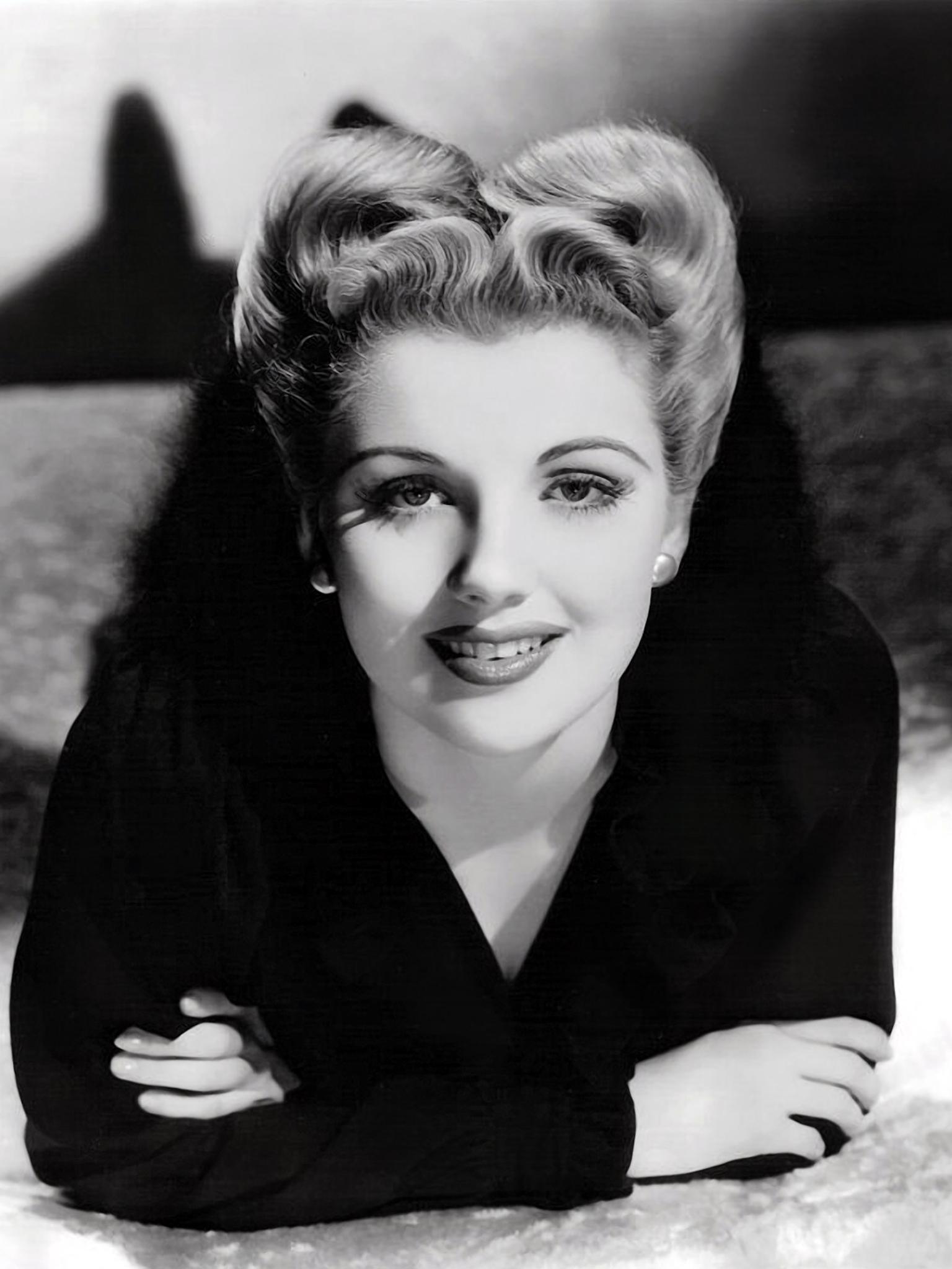 picture Dolores Moran