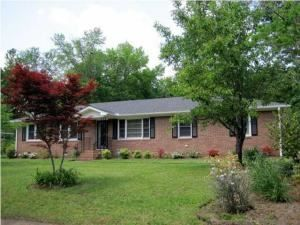 114 Tasker Drive , Summerville, SC 29485 3 Beds 2 Baths 2,430 Sq ft  Lot Size (Acreage): 0.37 $235,000