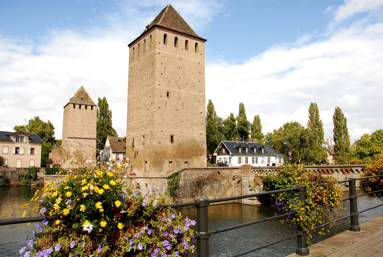 Apparecchiare Tavola In Terrazza strasburgo - pont couverts | strasburgo