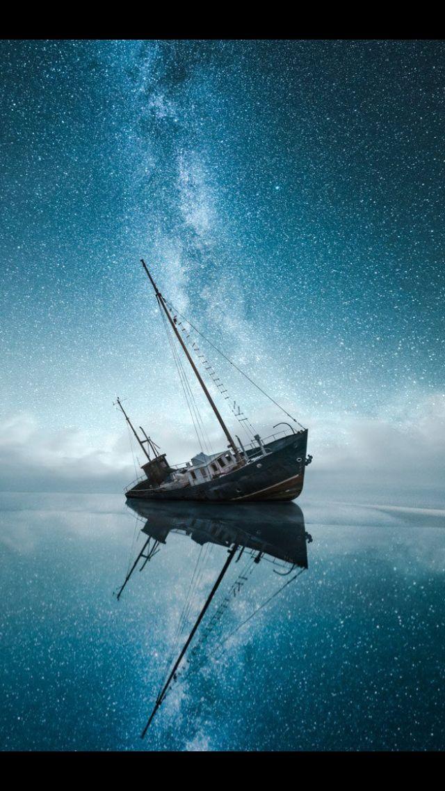 shipwreck under milky