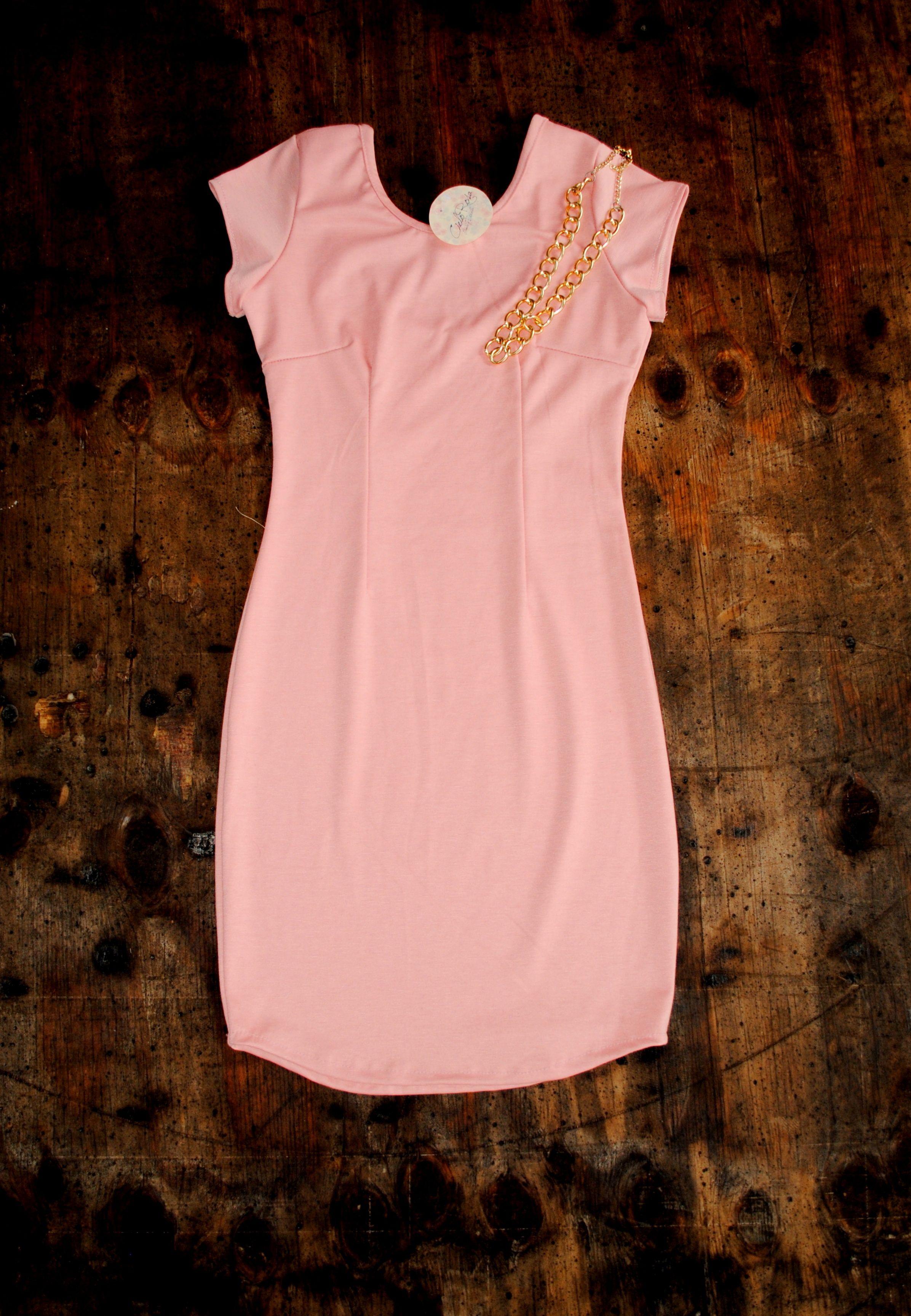 Vestido corte básico ceñido al cuerpo. | vestidos | Pinterest | El ...