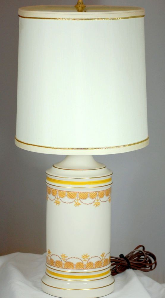 Classic Hollywood Regency Design Porcelain Lamp With Shade