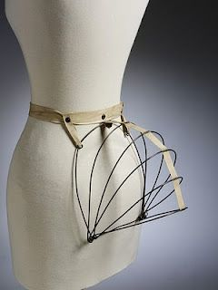 how to make a bustle skirt with safety pins