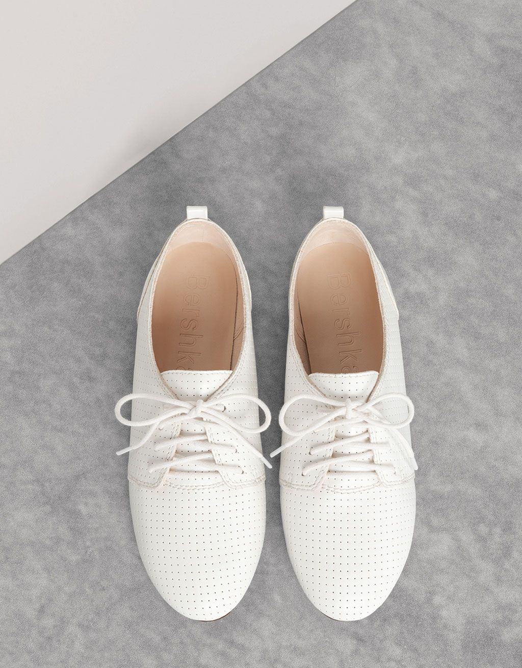 BSK flat shoes. Discover this and many more items in Bershka with new  products every