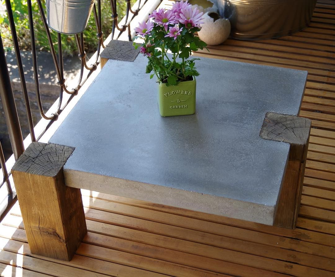 how to build a concrete and wood table