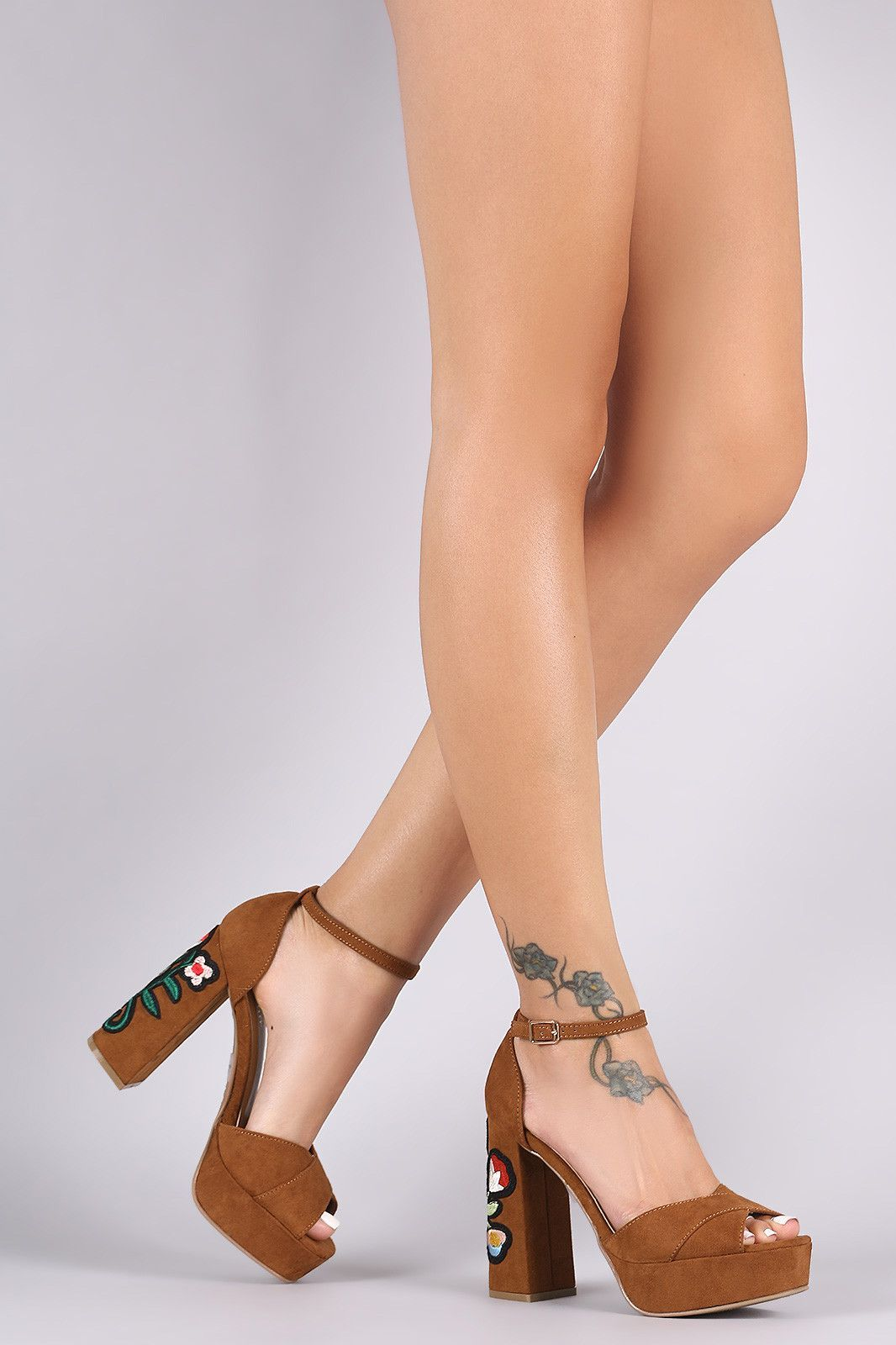 Bamboo Suede Embroidered Floral Chunky Platform Heel