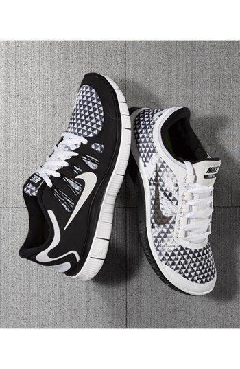 407738237301 Nike  Free 5.0 PRM  Running Shoe (Women)
