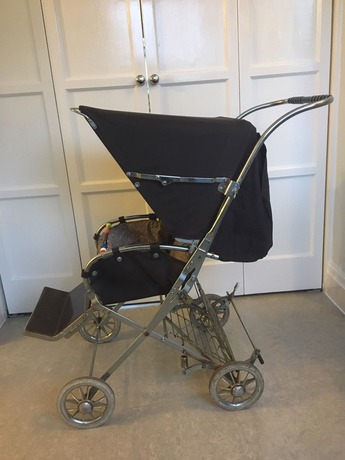 vintage retro silver cross pushchair 1979 buggy stroller vgc pram stroller baby bottles and. Black Bedroom Furniture Sets. Home Design Ideas