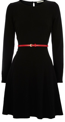 Simple.....Now I need a colorful belt to go with my black dress similar to this!