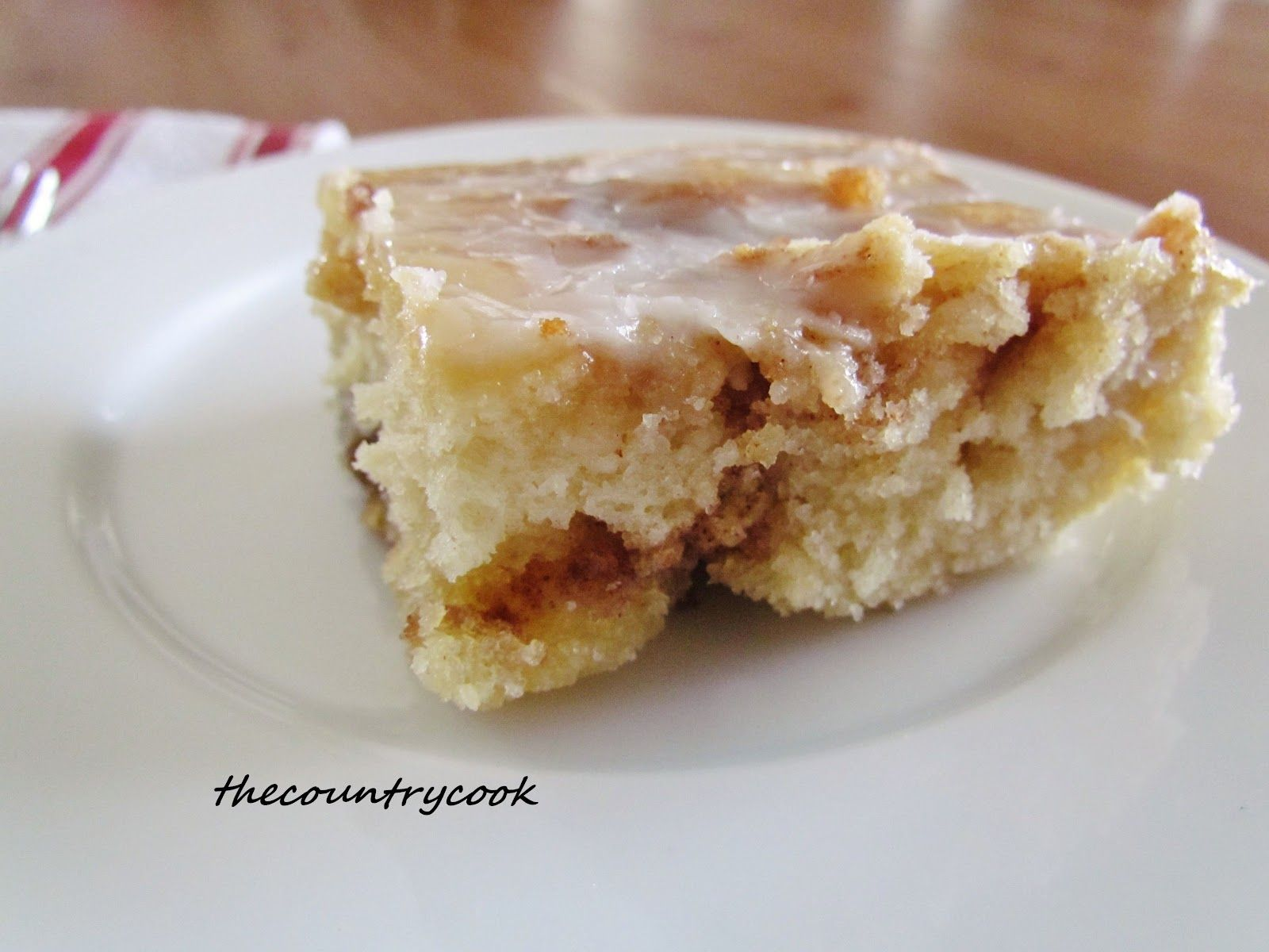 HOMEMADE CINNAMON ROLL CAKE (+Video) | The Country Cook